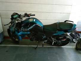 Selling my Yamaha FZ limited edition excellent condition