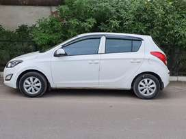 Hyundai Elite i20..only serious buyers contact plz