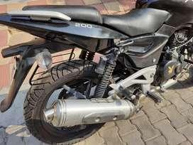 Pulsar 200cc