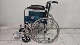 Kursi roda seperti baru