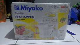 Stand Mixer Miyako Seri SM 625 Baru Garansi 1 Tahun