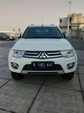 Mitsubishi Pajero Sport Putih DAKAR VGT 2014 AT