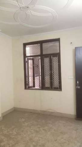 50 gaj 2 bhk ragistry  bike park flat sale near Dwarka mor in 13 lakh