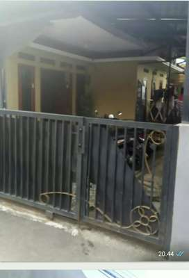 3 unit kontrakan + Rumah induk Kebagusan Jakarta Selatan