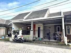 Dijual Rumah Modern Lingkungan Perumahan di Jalan Imogiri Timur