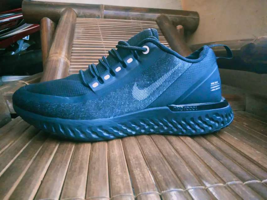 nike odyssey react shield G.90 water repellent (rare) 0
