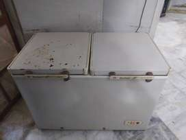 Dawlance 2 door deep freezer