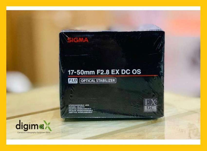 Sigma 17-50 F2.8 OSS for Nikon , Canon mount available 0