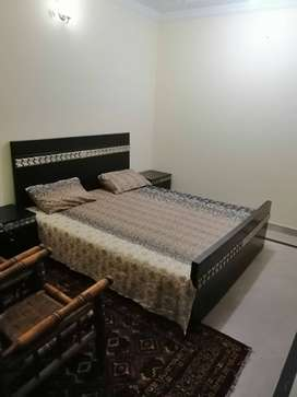 Furnished Room in I-10/1