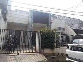 Rumah strategis di Villa Melati Mas BSD