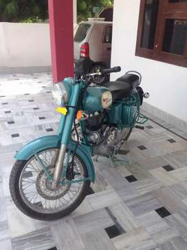 New condition bike with vip number (500cc) 1st owner
