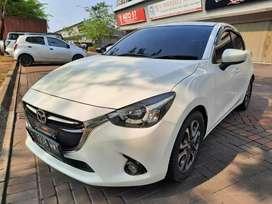 Mazda 2 R AT 2015 (Matic) km60rb Putih TDP_20jt pajak 07-2020