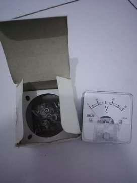 Panel meter voltmeter heles CR-45 30v