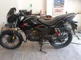 Well condition All new tayer urgent sell
