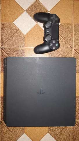 Ps4 with 4 games