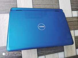 Savi Barand ka new look new generation laptop