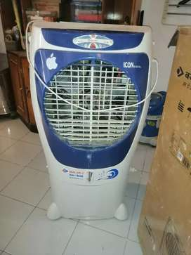 Bajaj cooler lone icon latest model