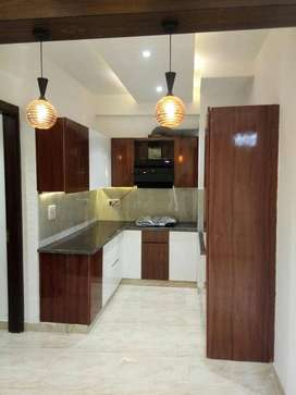 3 bhk flat for sale in vasundhara with lift and parking.