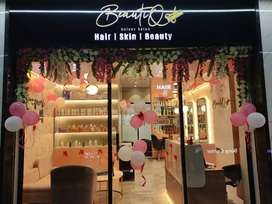 On rent Or buy a running unisex salon in fatima naga mall 93 avenue