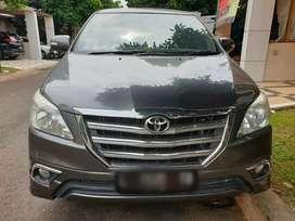Toyota Innova V Luxury matic Tahun 2014 Tangan Pertama istimewa