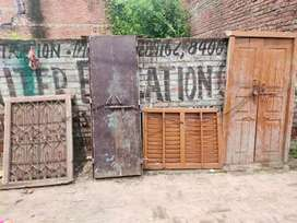 Second hand gate and windows in 35rs per kg
