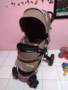 Stroller Babyelle Flix RS