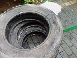 Ban Bridgestone 225 65 R 17