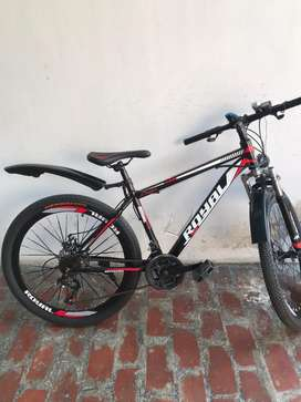 Royal bicycle hybrid 700 cc for sale