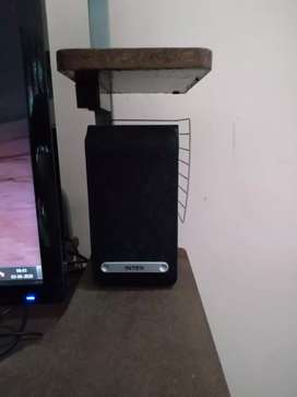 PC with Computer Table