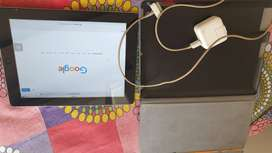 I PAD 2 WITH COVER AND ORIGINAL CHARGER AND CABLE