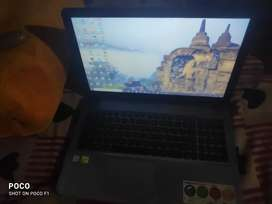 Asus r541u laptop 8/1tb rarely use exchange with I pad bill box avail