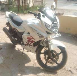Karizma ZMR White-2011 Year Buying, 10,892KM only