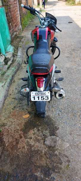 Bajaj v15 very good condition