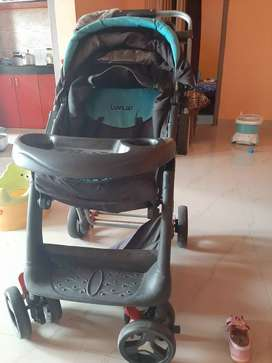 Luvlap baby stroller good condition