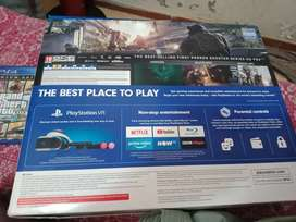 PS4 500GB NEW WITH GTA CD