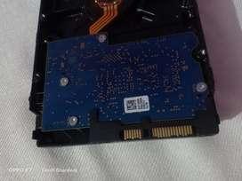 HITECHI 500 GB HDD