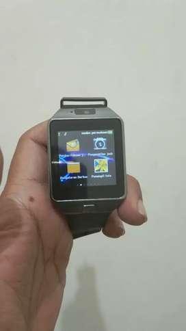 Jam tangan smartwatch bisa pakai simcard
