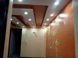 2 BHK BUILDER FLOOR WITH CAR PARKING  IN UTTAM NAGAR