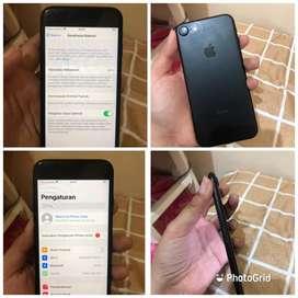 Iphone 7 32gb ex. inter pemakaian pribadi fullset