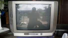 """Tv cantik jvc 21"""" fseries masih cantik mesin asli"""