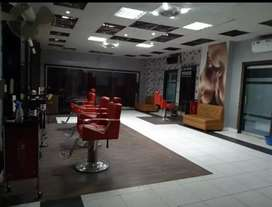 Running Beauty Parlour for Sell in Iqbal Town Lahore