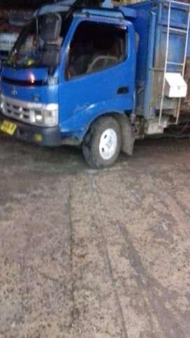 jual murah Truk Toyota Dyna 115 th2005 DP30jt sisa 12xbayar truk dina