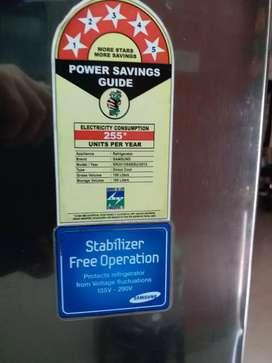 SAMSUNG 5-star power rating , Stabilizer free ,195L
