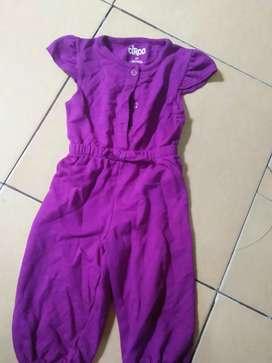 Cuci gudang..dijual baju anak jumpsuit perempuan usia 2-4 thn