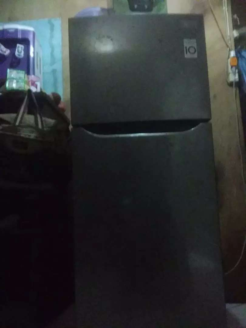 Kulkas LG 2 pintu 0