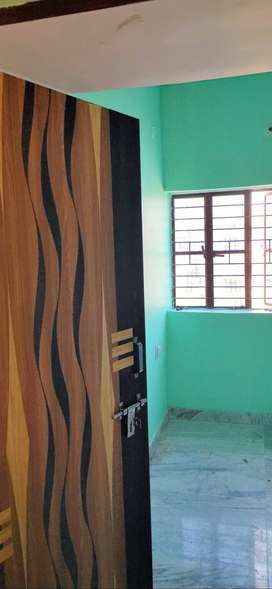 For rent spacious flat Near Saguna more