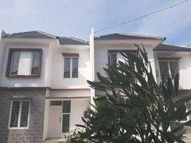 townHouse Raden Cibinong 5 Rumah 2 Latai Harga 1 Lantai Spek Terbaik