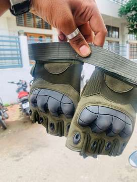 Hand gloves for Riders