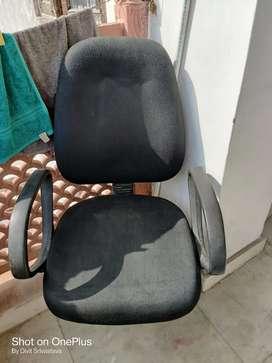 Revolving study/office chair
