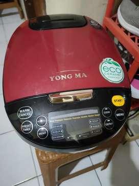 Rice Cooker Yong Ma YMC 211